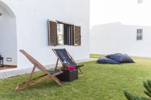 Comfortable Villa in Green